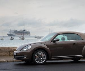 VW Beetle Cabrio photo 7