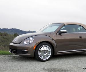 VW Beetle Cabrio photo 15