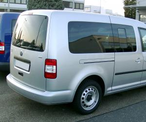 VW Caddy photo 2