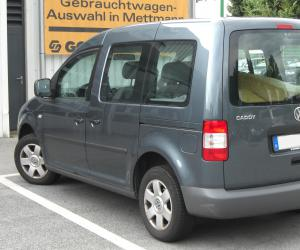 VW Caddy Life photo 9