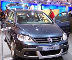 VW Cross Golf photo 2