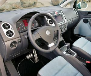 VW Cross Golf photo 4