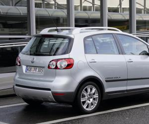 VW Cross Golf photo 5