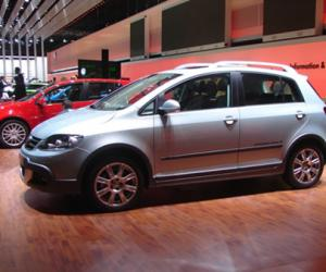 VW Cross Golf photo 10