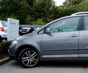 VW Cross Golf photo 13