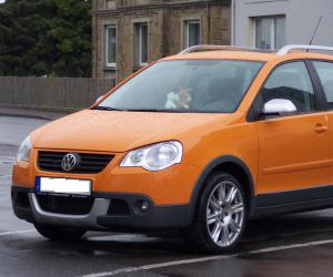 VW Cross Polo photo 2