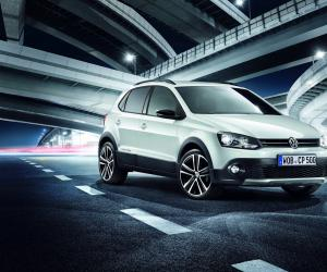 VW Cross Polo photo 14
