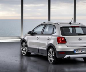 VW Cross Polo photo 16
