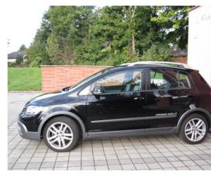 VW CrossGolf TSI photo 1