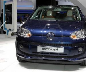 VW eco up! photo 11