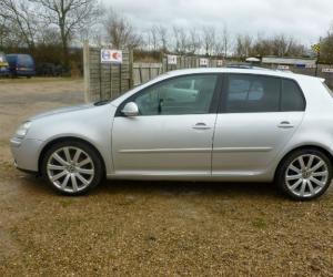 VW Golf 2.0 GT TDI image #11