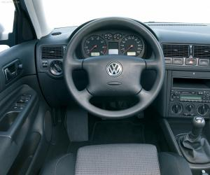 VW Golf 4 photo 3