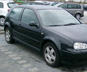 VW Golf 4 photo 4