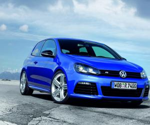 VW Golf Coupe photo 15