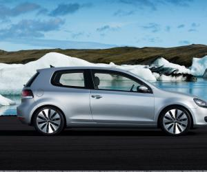 VW Golf Coupe photo 18