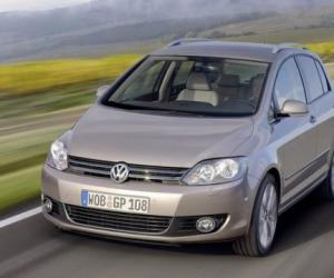 VW Golf Plus 1.2 TSI photo 11
