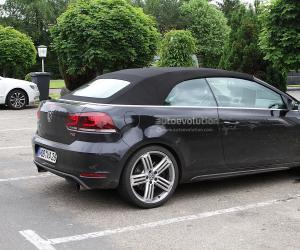 VW Golf R Cabrio photo 12