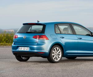 VW Golf TDI photo 13