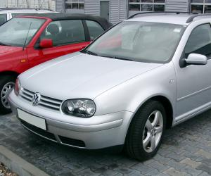 VW Golf Variant photo 1