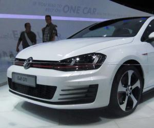 VW Golf VII photo 8
