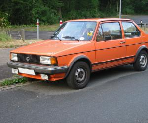 VW Jetta photo 2