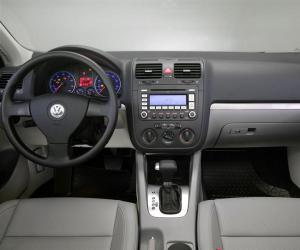 VW Jetta photo 6