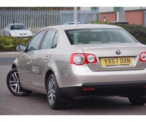 VW Jetta 1.9 TDI photo 4