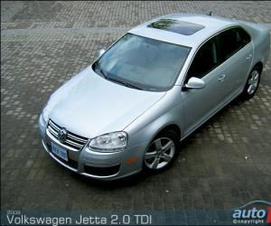 VW Jetta 2.0 TDI photo 3