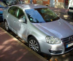 VW Jetta 2.0 TDI photo 8