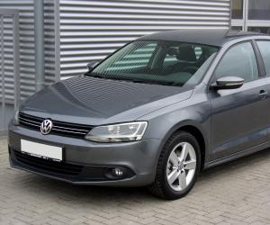 VW Jetta TSI photo 12