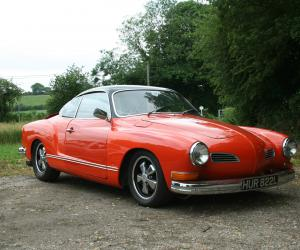 VW Karmann Ghia photo 13