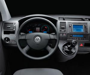 VW Multivan photo 12
