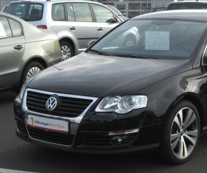 VW Passat photo 2