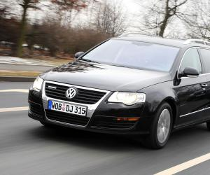 VW Passat BlueMotion photo 4