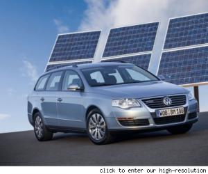 VW Passat BlueMotion photo 6