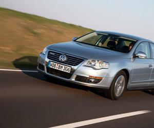 VW Passat BlueMotion photo 10