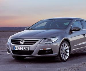 VW Passat CC photo 8