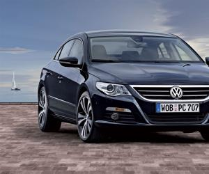VW Passat CC photo 12