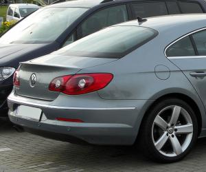 VW Passat CC photo 13