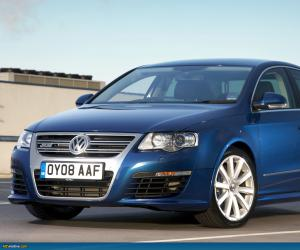 VW Passat R36 photo 4