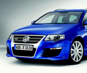 VW Passat R36 photo 10