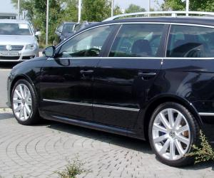 VW Passat R36 photo 18