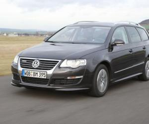 VW Passat Variant BlueMotion photo 1