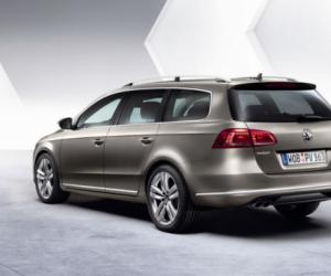 VW Passat Variant BlueMotion photo 14