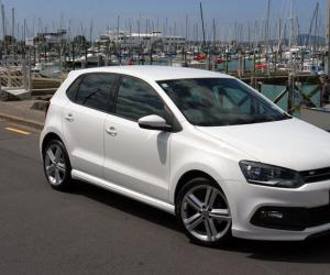 VW Polo R-Line photo 16