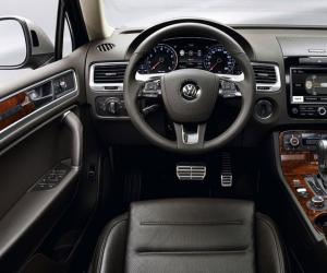 VW Touareg 3.0 TDI photo 11