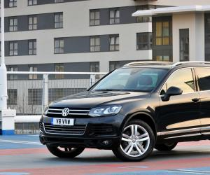 VW Touareg V8 TDI photo 2