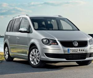 VW Touran photo 8