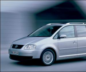 VW Touran photo 13
