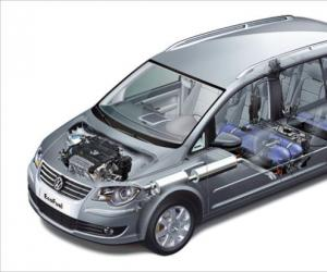 VW Touran EcoFuel photo 10